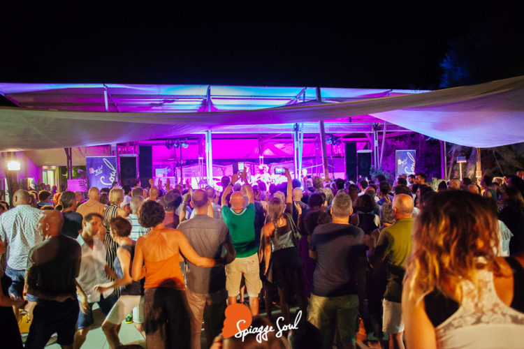 Lisa Hunt soul band @Bagno Ruvido